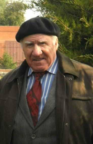 Колесніков В'ячеслав Гаврилович – поет, прозаїк, журналіст, краєзнавець.